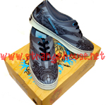 Bulldog Skates Tribal Wave Shoes / Gray / Size 8